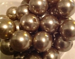 Picture of BD14R13  14mm BROWN opaque round plastic beads