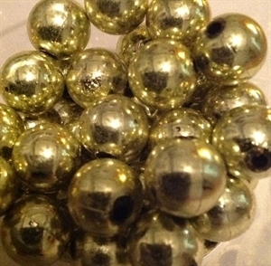 Picture of BD14RM9A  14mm METALLIC LIGHT GREEN round plastic beads