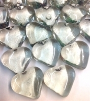 Picture of M76  Clear glass gems heart shaped 16MM thick