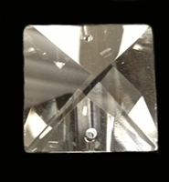 Picture of P26I  28mm crystal clear square pendant.