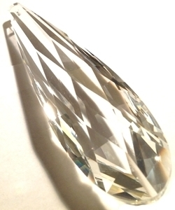 Picture of P883A 76mm Faceted crystal drop with top hole mount