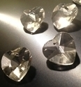 Picture of P22A  16mm Crystal Heart with mount hole center top