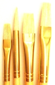 Picture of ART189  bristle hair paint brush 4pc set. flat style and one round style