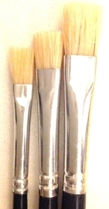 Picture of ART242  triple bristle hair paint brush package, flat style